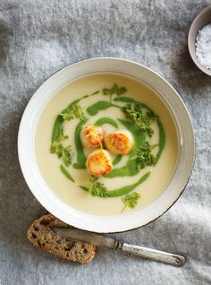 Cream of Celery Soup with Seared Scallops Healthy Menu, Healthy Soup, Healthy Recipes, Seafood Recipes, Soup Recipes, Vitamix Recipes, Jelly Recipes, Canning Recipes, Cream Of Celery Soup