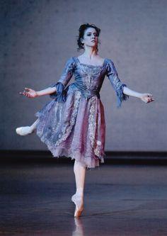 """""""Ludmila Pagliero in John Neumeier's La Dame Aux Camélias. Photo (c) Sébastien Mathé. """""""