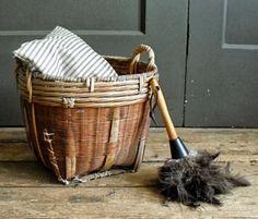 Petit Pica: Brushing away the cobwebs...