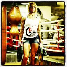 Most Vascular @glovegirl   #fitfam #shredded #g_loves #glovegirl #gloves #worloutgloves #instabodybuilding #bodybuilding #beastmode #trainharderthanme #fitness #fitnessmotivation #fitnessgirls #fitnesmodel #girlswithmuscle #WBFF #WBFFpro #figure #figuregirls