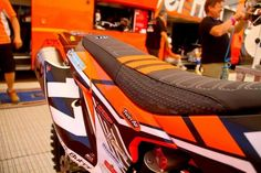 SEAT COVER ULTRA GRIP KTM LUIS BUTRON .EXCELLENT QUALITY!