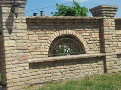 :-) Exterior Wall Design, Main Gate Design, Garden Art, Garden Design, House Design, Compound Wall, Boundary Walls, New House Plans, Brickwork