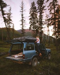 Are you looking for a fun and inexpensive way to go on a vacation? You should consider going on a camping trip. Read this article for some useful camping tips Adventure Time, Adventure Is Out There, Adventure Travel, Wanderlust, Voyager C'est Vivre, Auto Retro, Camping Life, Oh The Places You'll Go, Van Life
