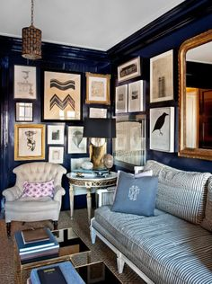 navy walls+gold mirror+jute rug elle decor ellen rakieten house by nate berkus My Living Room, Home And Living, Living Spaces, Cozy Living, Small Living, Living Area, Navy Blue Walls, Black Walls, Blue Gold