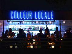 Είναι ένα όμορφο speakeasy bar; Είναι από τις πιο ωραίες ταράτσες της Αθήνας; Είναι και τα δύο και πρόκειται για το νέο bar του κέντρου