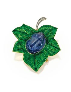 Art Nouveau Plique-à-Jour Enamel, Sapphire, Diamond, Gold, and Platinum Frog on a Leaf Brooch by Boucheron, Paris