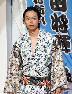 今年の日本映画の「顔」といっていい。菅田将暉のことである。出演作品は5本、そのうち4本で主演を張った。NHK大河...