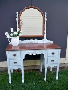 Wouldn't this be a fun makeover for my antique dresser?