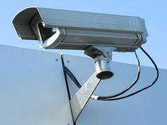 Beveiligingscamera's verhogen de veiligheid rondom en in een bedrijf.