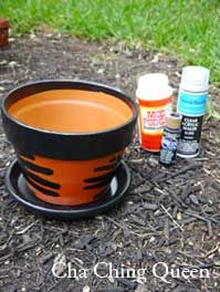 DIY Gifts – Decorated Herbal or Flower Pot Father's Day Homemade Gift Idea. Clay Pot, Paint, Mod Podge is all you need! If you have a dad that likes to garden or work outside, here's a last minute Father's Day gift idea. #homemadegifts #diy #gifts #fathersday  www.chachingqueen.com