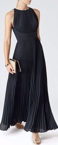 Womens Lux Navy Pleated Maxi Dress - Reiss Winnie ooops got distracted! Pretty Dresses, Beautiful Dresses, Dress Skirt, Dress Up, High Neckline Dress, Dress Shoes, Elegantes Outfit, Evening Dresses, Formal Dresses