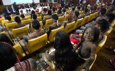 Índios Munduruku se reuniram com o ministro Gilberto Carvalho, da Secretaria-Geral da Presidência, em Brasília, nesta terça-feira (4).  Desde o último dia 27 a etnia ocupava o canteiro de obras Belo Monte, em Vitória do Xingu.