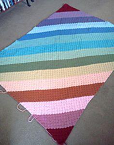 The Corner Start Afghan Tutorial. Also known as Corner to Corner, Corner Box and Diagonal Box Stitch. Knit Or Crochet, Crochet Baby, Crochet Hearts, Easy Crochet Patterns, Crochet Ideas, Heart Pillow, Knitted Baby Blankets, Afghan Blanket, Baby Knitting
