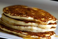 If you want to make eggless pancakes for some reason or the other, this is the only recipe you should be trying. Don't waste time searching for recipes and going through each one of it.#Pancake #Recipe Pancake Recipe No Eggs 49+ Eggless Pancakes | Pancake Recipe No Eggs No Milk | 2020 Eggless Waffle Recipe, Eggless Waffles, Eggless Recipes, Yummy Recipes, Healthy Recipes, Egg Free Recipes, Brunch Recipes, Real Food Recipes, Cooking Recipes