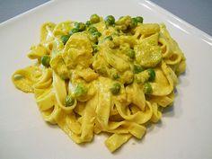 zucchine, peas, tuna pasta