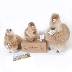 180 vind-ik-leuks, 2 reacties - Inkari Alpaca (@inkari.alpaca) op Instagram: ''The Fluffy Alpaca Family' Which size matches your hugs?'