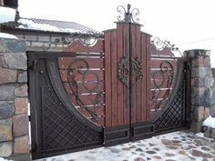 Iron and wood auto gate