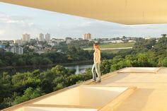 Residência Moderna - Isabella Dalfovo Architecture
