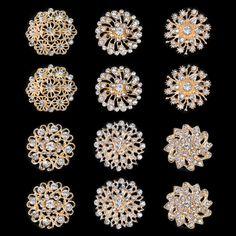 Real Diamond Earrings, Gold Jhumka Earrings, Gold Earrings Designs, Jewelry Tags, Ear Jewelry, Cheap Fashion Jewelry, Friendship Jewelry, Gold Jewelry Simple, Corsage