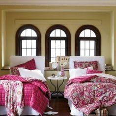 Vera Bradley bedding -- Yes please!