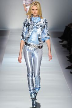 Blumarine Fall 2012 Ready-to-Wear - Collection - Gallery - Style.com