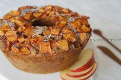 Receita de Bolo integral de maçã com canela passo-a-passo. Acesse e confira todos os ingredientes e como preparar essa deliciosa receita!