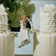 """Tortenfigur Tortenaufsatz """"Look of Love"""" für Ihre Hochzeitstorte zur Hochzeit - 9211: Amazon.de: Küche & Haushalt"""
