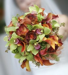 Google Image Result for http://www.flower-arrangement-advisor.com/images/fall_wedding_bouquet_5.jpg