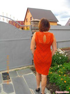 Здравствуйте девочки!!! Хочу показать еще одну из моих последних работ...  Классическое, простое платье - футляр...  Идея была взята у Натальи Седовой http://www.stranamam.ru/