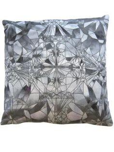 "Solitaire - Amaranthine 18""x18"" pillow"