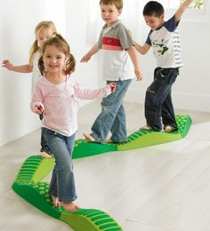 Weplay Wavy Tactile Path - Green