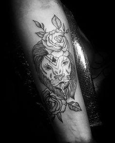 Feita por @tatidiascollab  Juba florida... Endereço: Diamond Tattoo Parlour Contato: (011)96735-5574 Conheça outros trabalhos do artista acessando: @tatidiascollab #blackwork #dotwork #zucato #sp #saopaulo