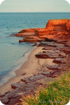 Prince Edward Island, Canada Such beautiful red beaches with lots of interesting rock formations and arches. Oh The Places You'll Go, Places To Travel, Places To Visit, Nova Scotia, Wonderful Places, Beautiful Places, Alaska, Nature Sauvage, Destinations