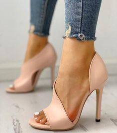HOT Women Pumps New Shoes Sexy High Heels Ladies Party Stiletto & Enlargers Female Silver Wedding Snake Print Heels Zapatos ui Sexy High Heels, High Heels Stilettos, Womens High Heels, Stiletto Heels, Shoes Heels, Shoes Uk, Dress Shoes, Bata Shoes, Corset Dresses