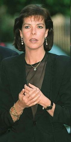 Princess Caroline Of Monaco, Best Mother, Perfect Woman, Grace Kelly, The Beatles, Hair Cuts, Pure Products, Face, Divas