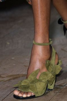 Dries Van Noten, Spring 2017 - These Paris Runway Shoes Are Wild - Photos