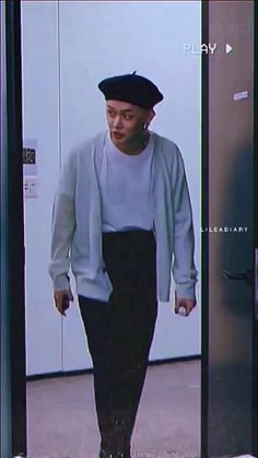Bts Aesthetic Pictures, Aesthetic Videos, Choi Daniel, Kpop Gifs, Kpop Girl Bands, Mode Kpop, Bts Beautiful, Cute Korean Boys, Applis Photo