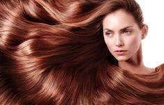 Η σπιτικήμάσκα μαλλιών με αυγό, ελαιόλαδο και μέλιτονώνει τις τρίχες των μαλλιών μας, δίνοντάς τους παράλληλα φυσική λάμψη και απαλότητα.Όλες μας, δυστυχώς, ταλαιπωρούμε τα μαλλιά μας με τα προϊόντα styling και...