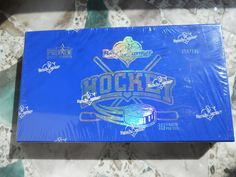 2014 Bench Warmer HOCKEY PREVIEW UNOPENED SEALED  BOX- # 56/125