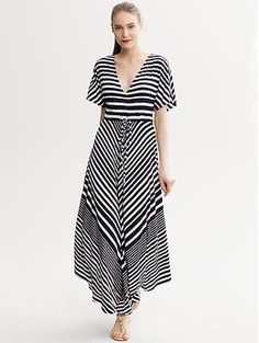 Diagonal Stripe Patio Dress | Banana Republic ok- seriously- this looked better on me than it does on the model; in other words it is figure FLATTERING and comfy! $140