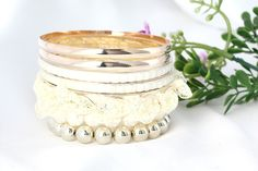 Ladies Korean Stylish Sweet Lace Multilayer White Bracelet