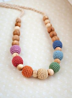 SALE Rainbow teething  necklace - nursing  necklace - breastfeeding  - babywearring de Almami en Etsy