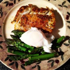 Herb Crusted Cod With Asparagus & Poached Egg – 200 Calories (Serves 1)