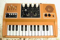 Circuit bent keyboard