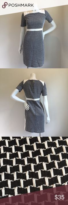 DONNA MORGAN Black and White Pattern Sheath Dress DONNA MORGAN black and white patterned, fitted sheath dress. The material is fairly thick, but stretchy to ensure a great fit. Perfect for the office or pretty much any type of occasion. Great condition, pre-owned dress. Donna Morgan Dresses