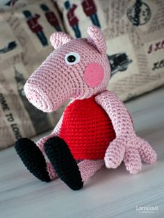 Peppa Pig Amigurumi, Peppa Pig Doll, Crochet Patterns Amigurumi, Crochet Toys, Free Crochet, Patron Crochet, Knitted Animals, Sewing Toys, Knitted Dolls