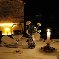 A restaurant/fado venue full of elegant old world charm and award-winning artists - Go to Senhor Vinho while in #Lisbon