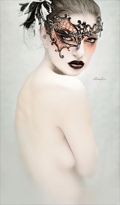 Valerie Whitaker #fashion #mask #couture #photography
