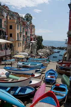 Boats - Riomaggiore, Cinque Terre, Province of La Spezia , Liguria Italy Italy Vacation, Italy Travel, The Places Youll Go, Places To See, Wonderful Places, Beautiful Places, Italy Country, Sestri Levante, Italy Pictures