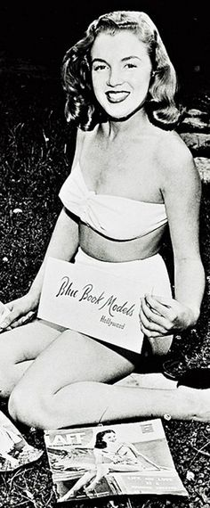 1946: Marilyn Monroe – Norma Jeane – promoting the 'Blue Book Models' agency of Hollywood ….1940's